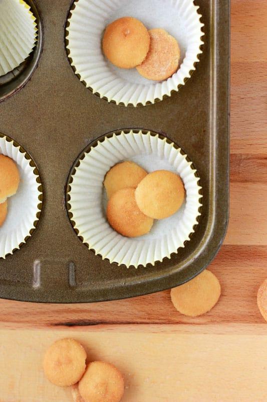 Banana Cream Pie Cupcakes with Vanilla Wafers