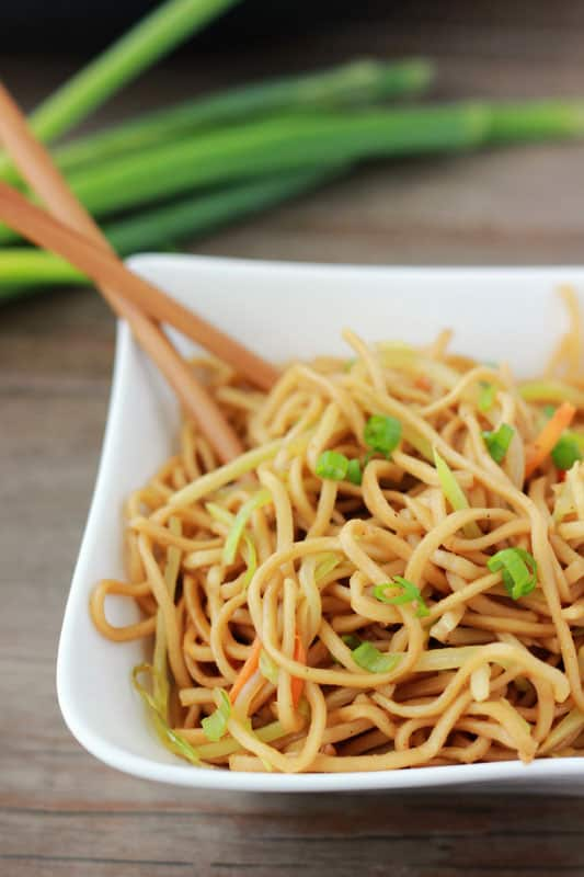 How to make an easy Veggie Lo Mein Recipe