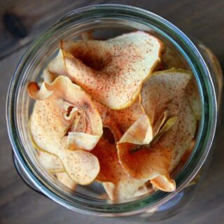 Baked Cinnamon and Sugar Apple Chips