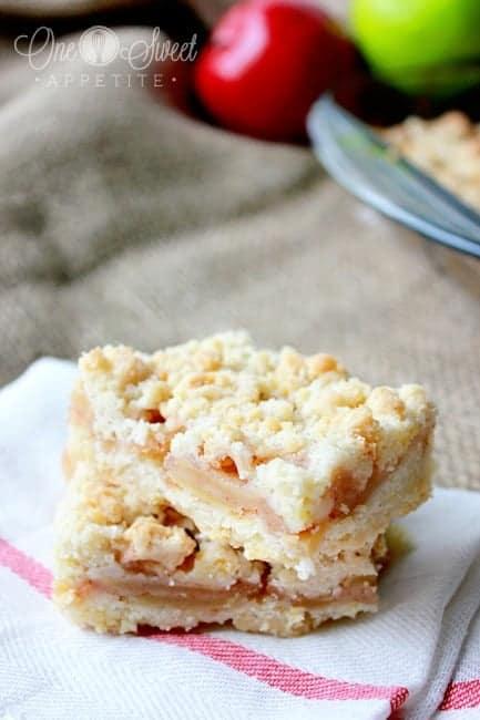 Homemade Apple Pie Bars