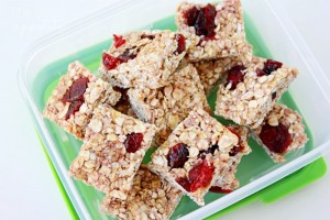 Peanut Butter Jelly Granola Bars