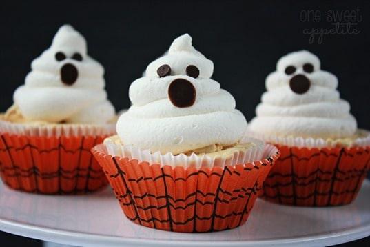 ice scream cupcakes ghosts