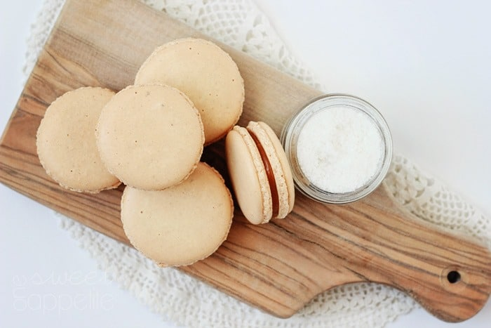 salted caramel french macaron cookies