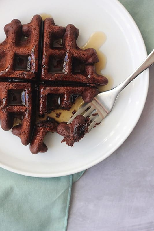 Easy Chocolate Waffles