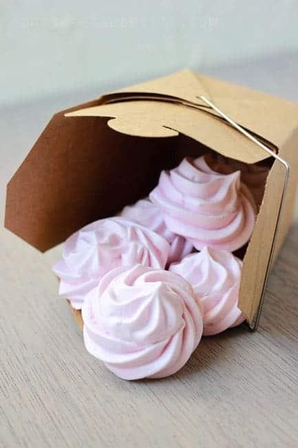 Box of meringue cookies