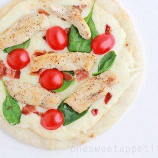 Mini Chicken Alfredo Pizza