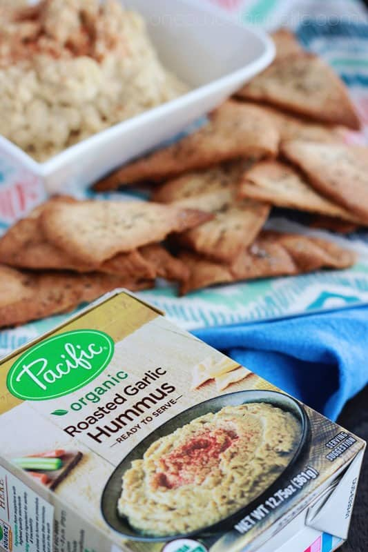oven baked pita chips with hummus