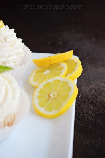 lemon basil cupcakes lemon slices