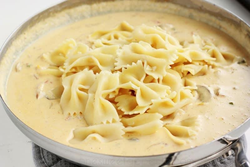 Cajun chicken pasta sauce