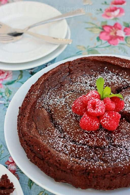 chocolate cake made without flour