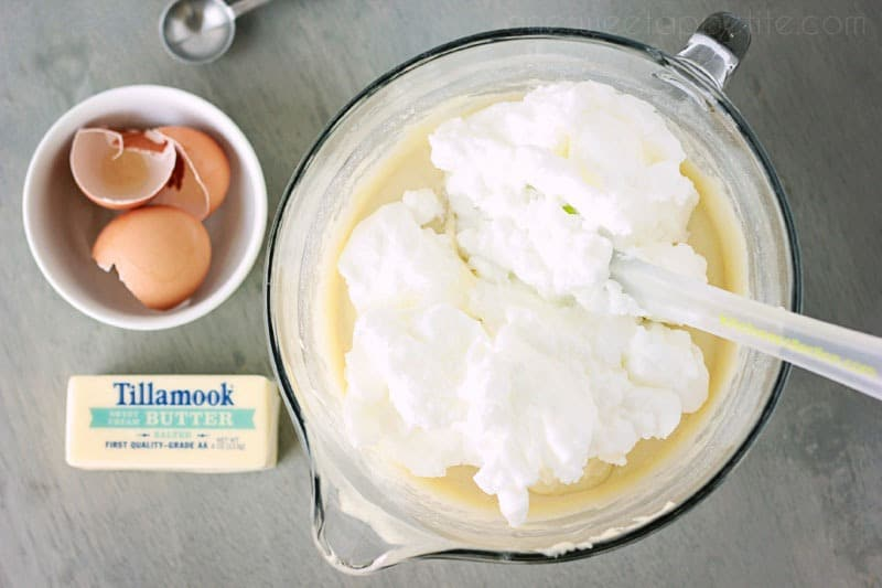 perfect belgian waffles batter with whipped egg whites