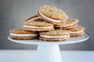 oatmeal-cream-pie-recipe