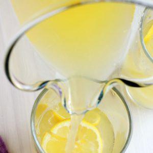 Lemonade with Mango and Green Tea