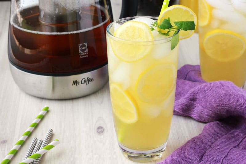 Green Tea Mango Lemonade