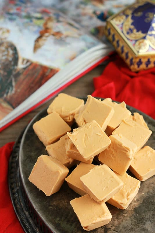 Easy 2 ingredient butterbeer fudge