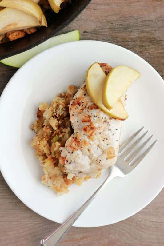 Easy Apple Baked Pork Chops