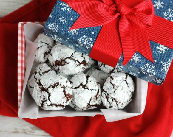 Chocolate Crinkle Cookie Recipe