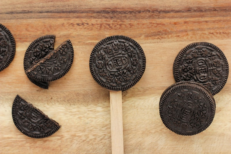 Oreo cookie on a popsicle stick