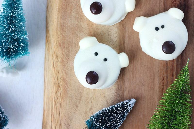 oreo cookies shaped like polar bears