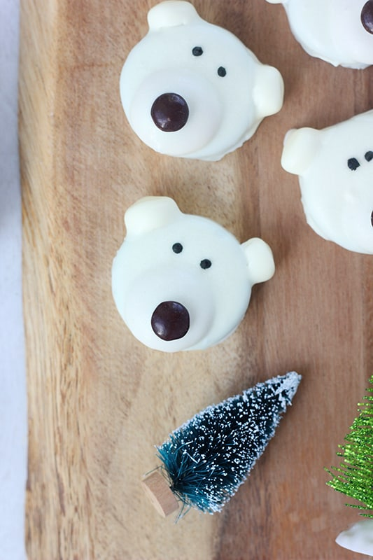 Polar Bear Oreo Cookies Tutorial