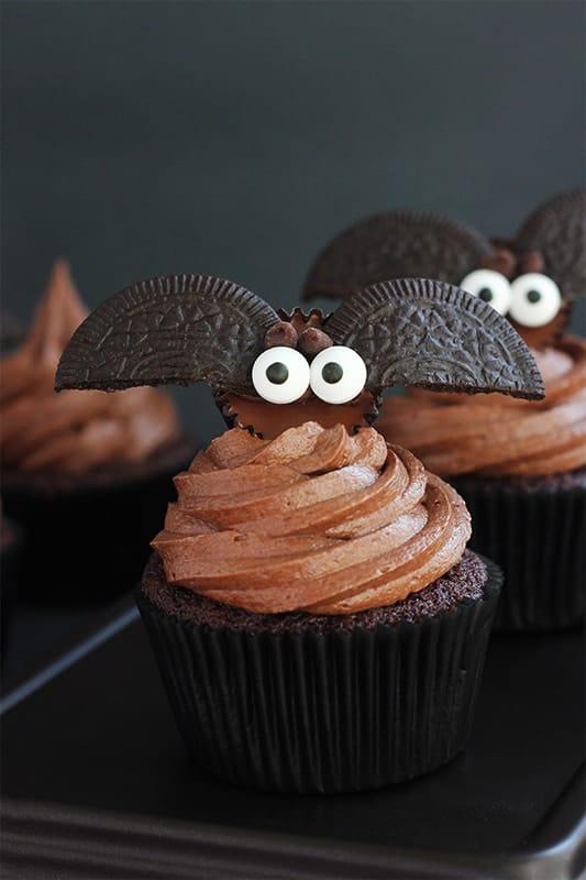 How to make Bat Cupcakes