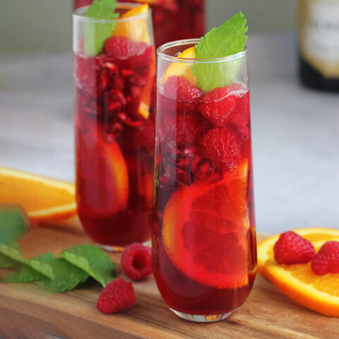 Sparkling Holiday Punch (both alcoholic and non-alcoholic)