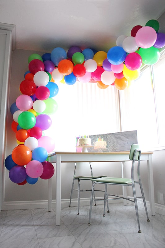 How To Make A Balloon Garland- Seriously Easy!