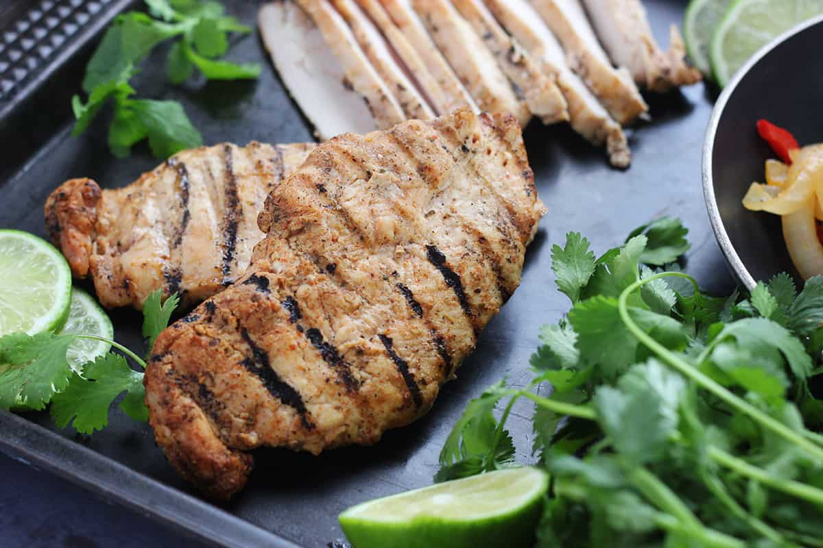 Grilled chicken with limes and cilantro