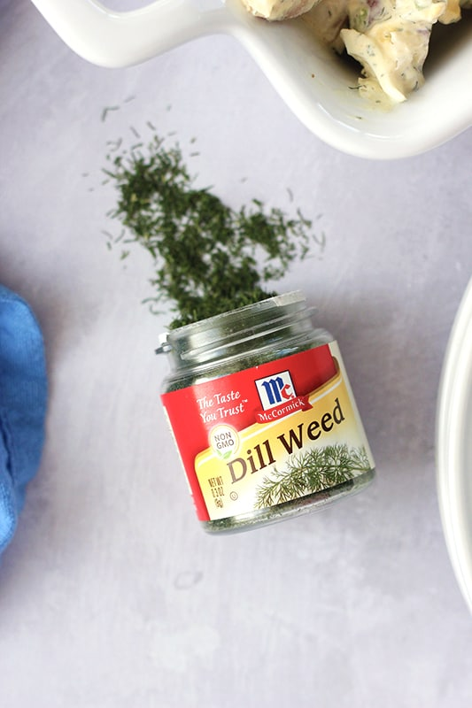 dried dill on table