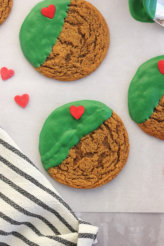How to make easy grinch cookies