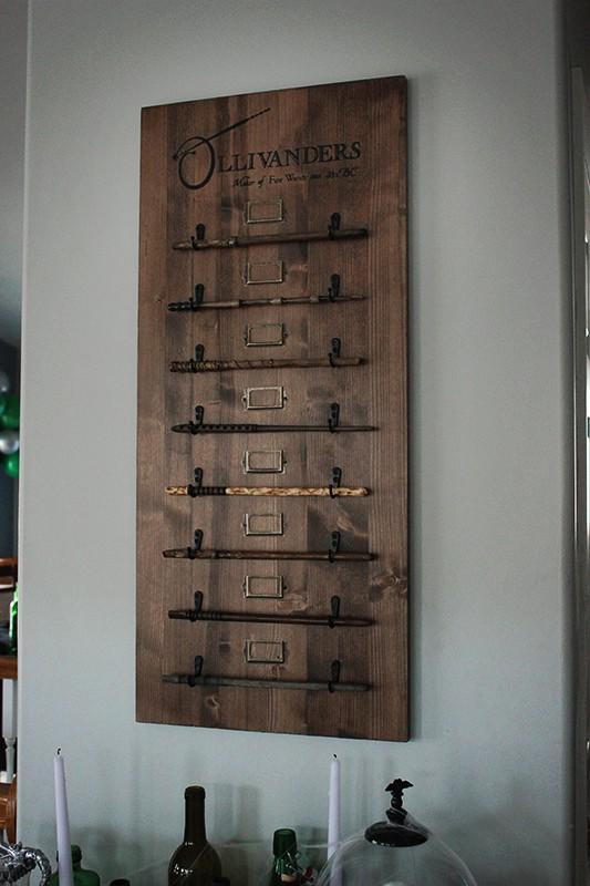 Olivanders Wand Stand