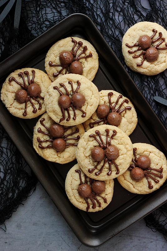 Stack of spider cookies