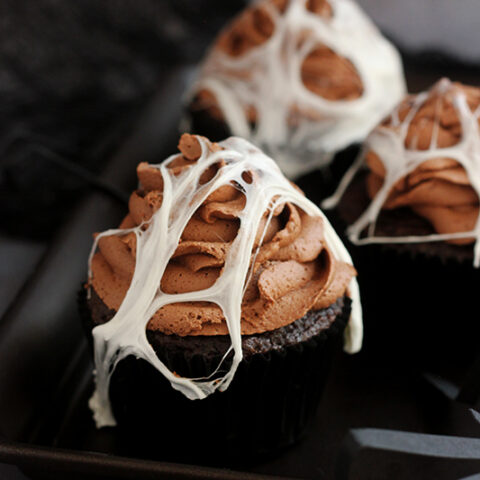 Marshmallow Spider Web Cupcakes